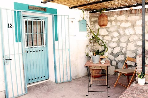 CASITA LAS FLORES: Cute Andalusian Village House