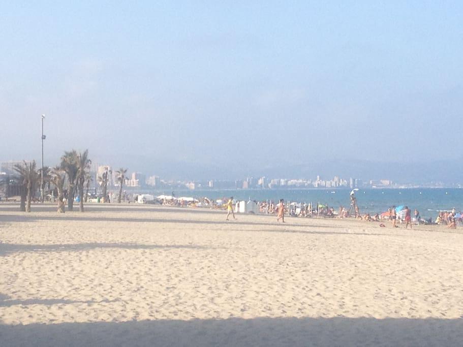 Playa San Juan (6km de arena blanca)