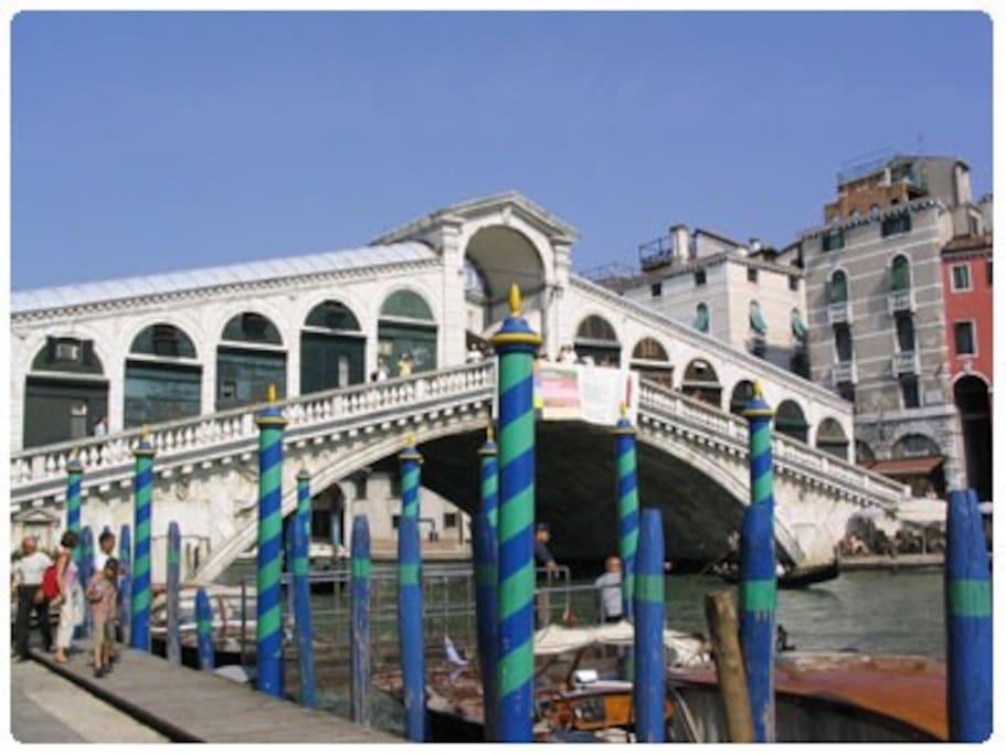 Ponte di Rialto a 5 mn. - Rialto Bridge in 5 mn.