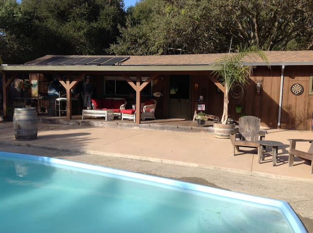 Ranch Style Guest House - Salinas - Appartement