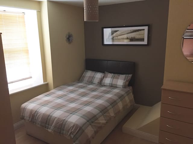 Walsh's apartments, mill street, Wesport - Westport - Apartamento