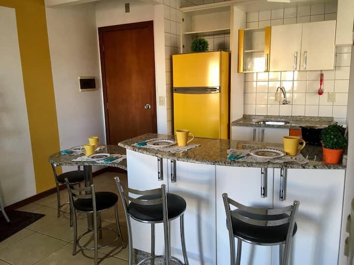Apartamento para profissionais e famílias.
