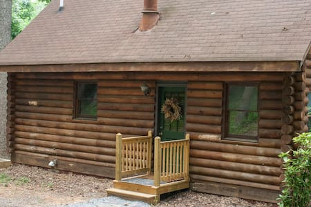 Secluded Cabin, 7 Acres James River - Madison Heights - Srub