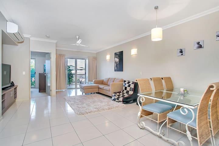 Cairns One Apartment - #101 - Westcourt - Apartemen