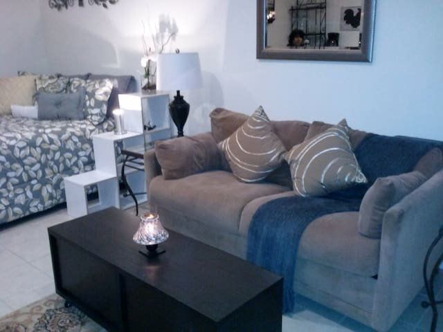 Charming Studio - North Hollywood - Other