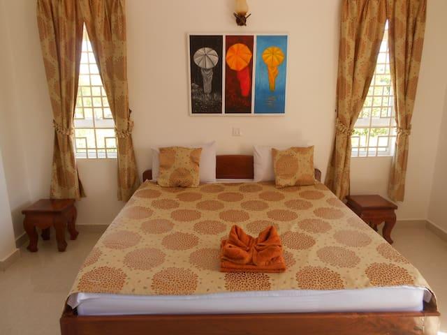Zimmer mit Meersicht / Swissvilla - Krong Preah Sihanouk, Kambodscha - Villa