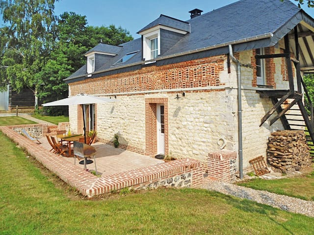 Holiday home in Breaute