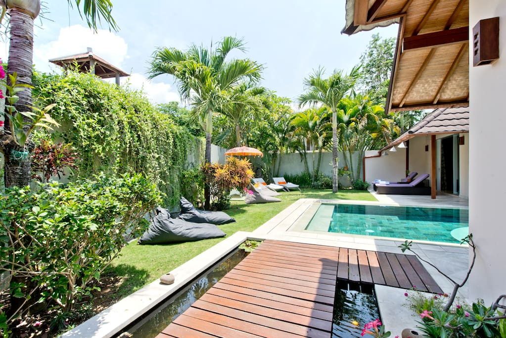 La Villa 4J, The best ever Location in BALI , Seminyak 4 bedrooms villa