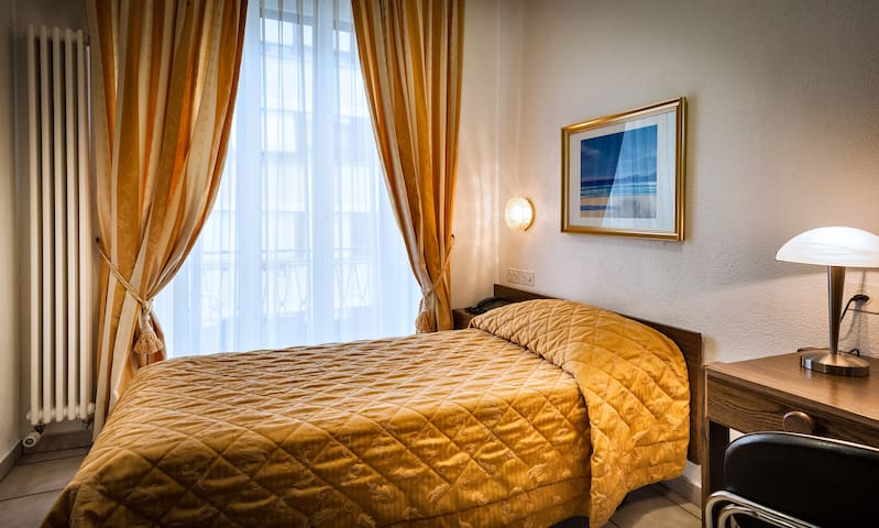 Hotel dell'Angelo Piazza Grande, Single 1