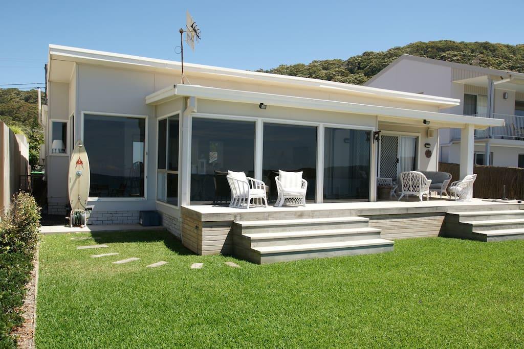 Beachside deck and outdoor shower