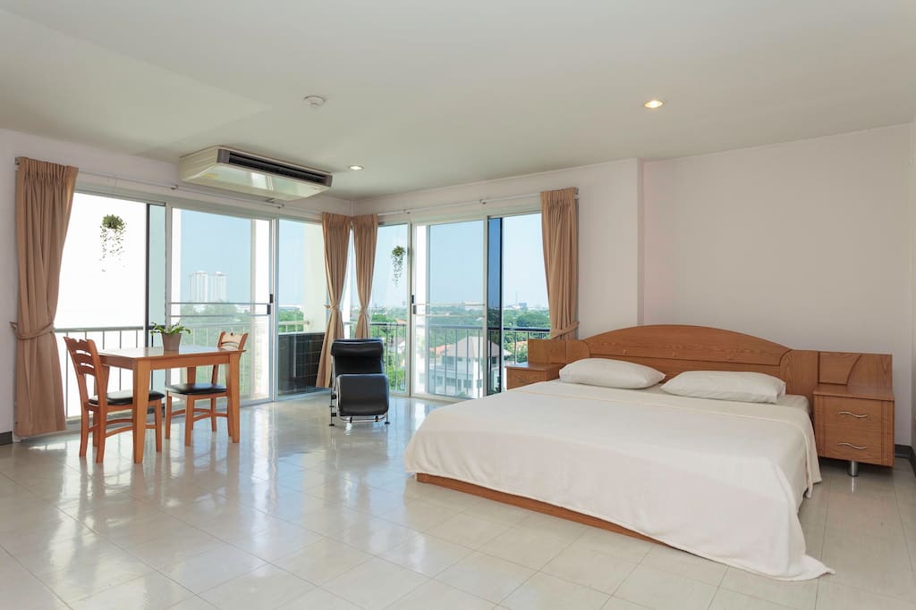 The Largest room available appx 40 sqm Studio.