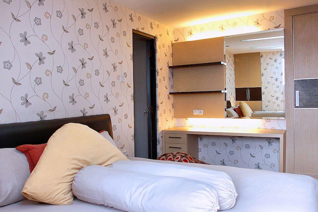 King size mattress &  dresser