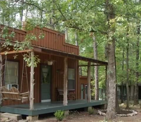 Уютная каюта для двоих в красивой обстановке