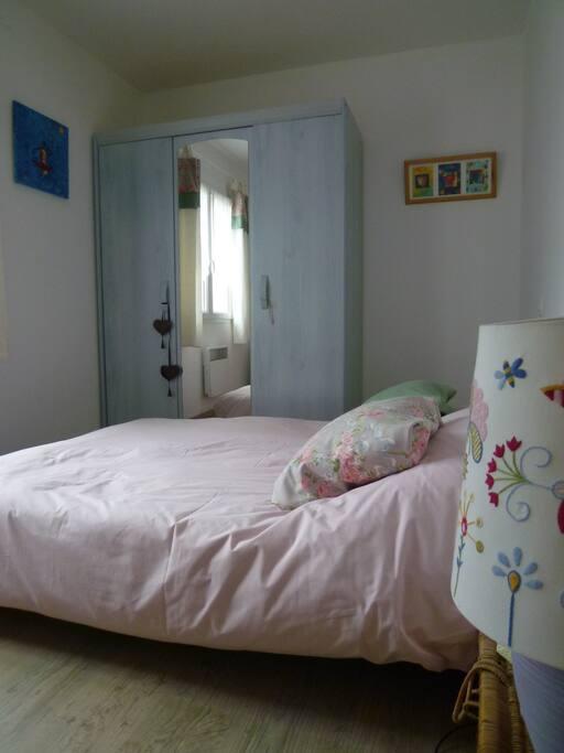 Chambre chez l 39 habitant maison d 39 h tes louer cologne - Chambre d hote chez l habitant ...
