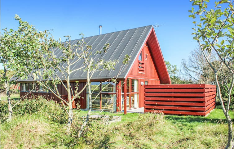 Holiday cottage with 3 bedrooms on 92m² in Skagen