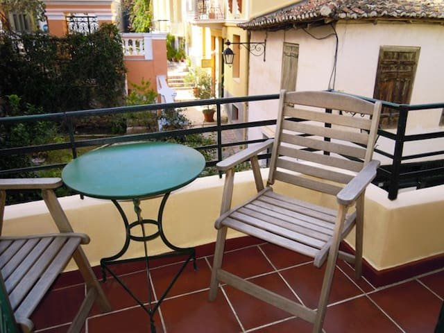 Classical double room with view at the old town in Nafplion and Saint Spiridon