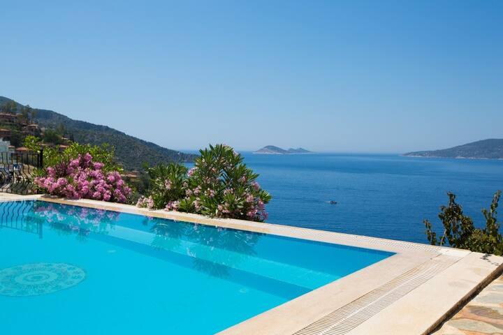 3 bedroom Villa in Komurluk - Kalkan Belediyesi - Villa