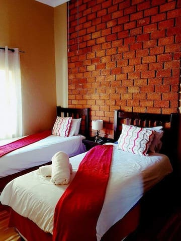 Klein Windhoek Self Catering Apartments Unit 5