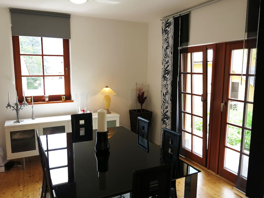 Kot House - Dining room