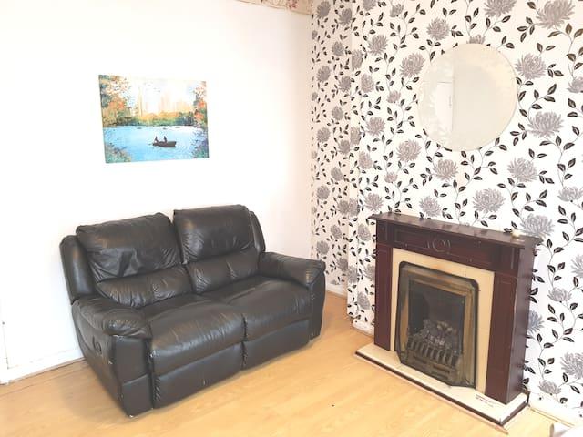 Nottingham Bedroom 1