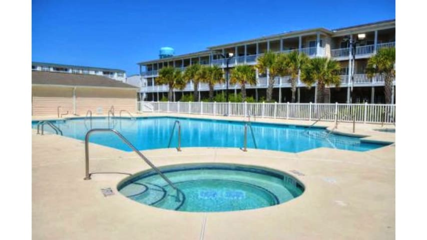 """A Shore Thing""@The Palms 3207-3 BR/2 Bath w/POOL"