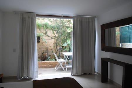Apartamento Jardim Privado na casa principal