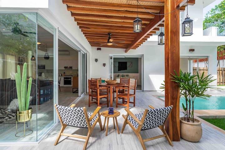 Estrena hermosa villa Boho w/Pool XL y jacuzzi