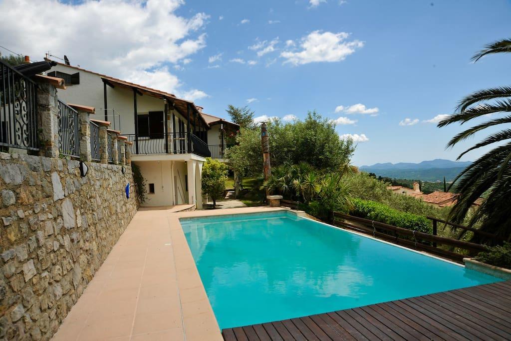 Frisch renoviertes Feriendomizil mit privatem Pool 4x10 m