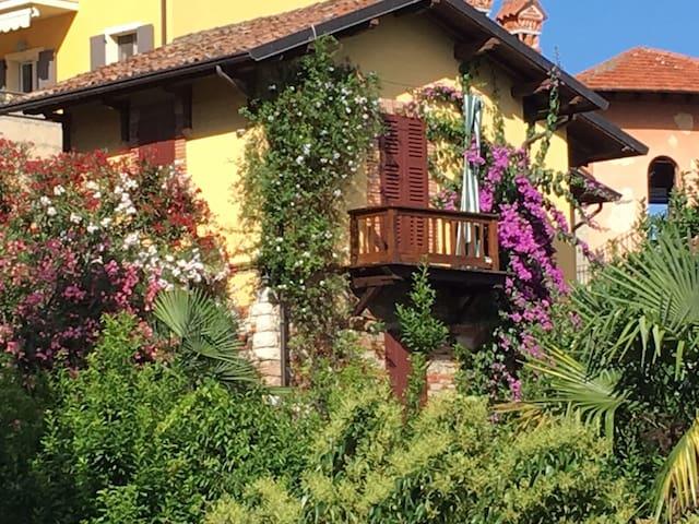 Graziosa Casetta Vista Lago - Gardone Riviera - Haus