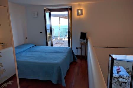 Loft Allegria 4 posti letto 2 terrazzi panoramici - Serrara Fontana - Vindsvåning
