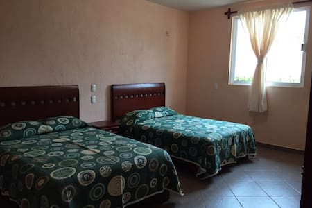 Comfy rooms near Oaxaca city - Santa Lucía del Camino - Guesthouse