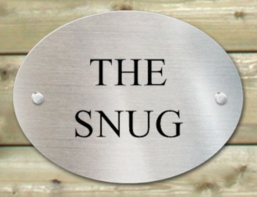 The Snug is a self-contained studio with tea and coffee making facilities.