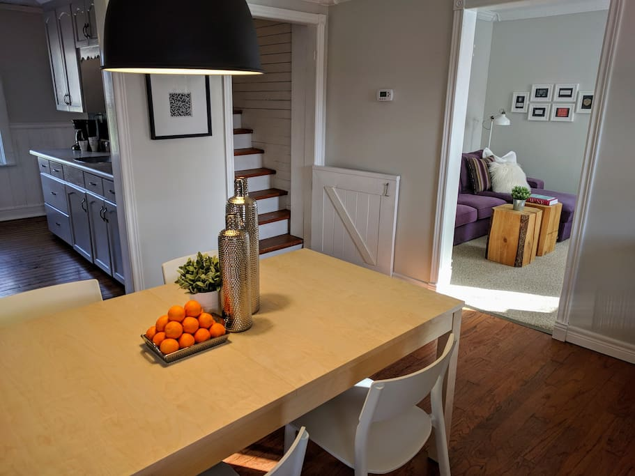 Spacious open concept dining, kitchen and living to catch up with your favourite people