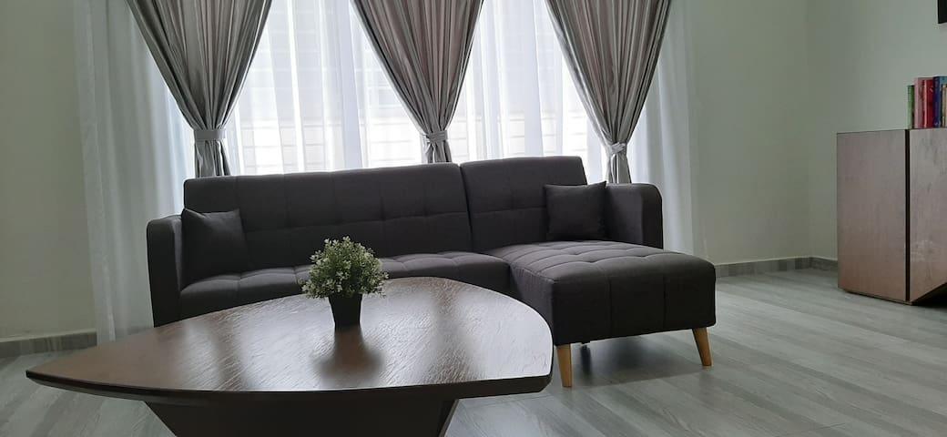Spacious & quiet home within Seri Manjung city