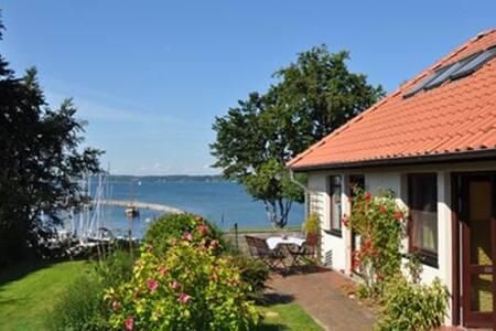 Ferienhaus Meerblick am Yachthafen - Glücksburg (Ostsee) - Ev