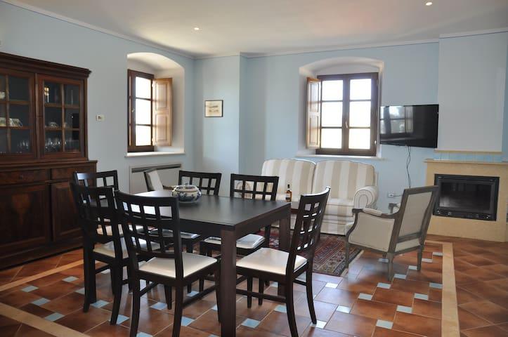 Malvasia - alloggio di charme in tenuta vinicola - Riparbella