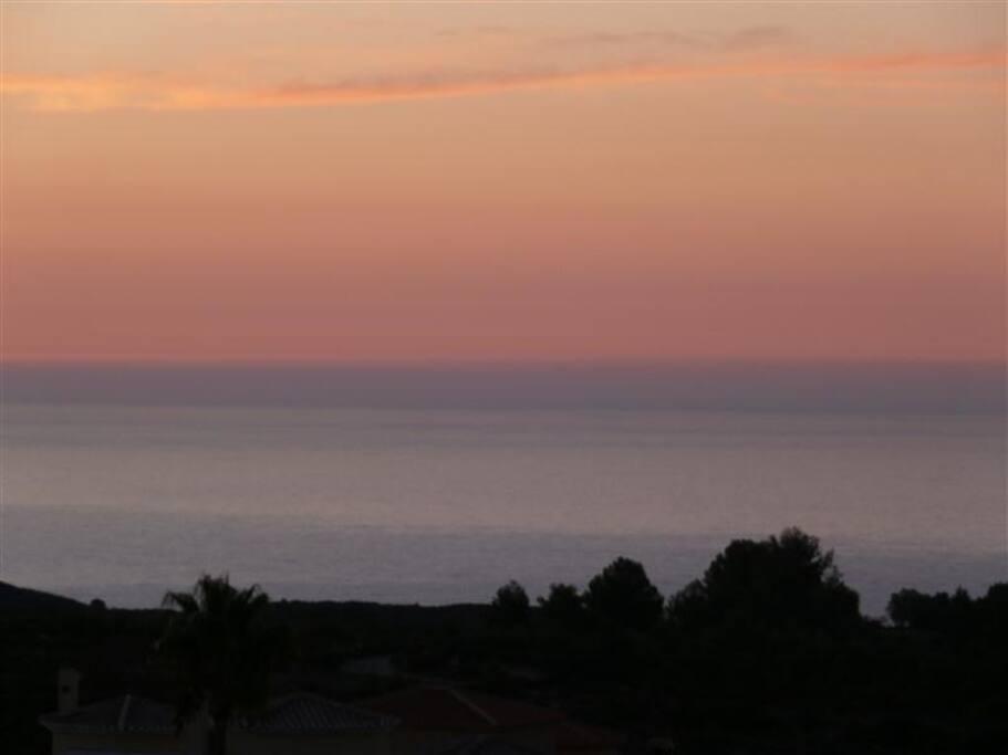 Opkomende zon, hier begint het sprookje en eindigt laat in de nacht.