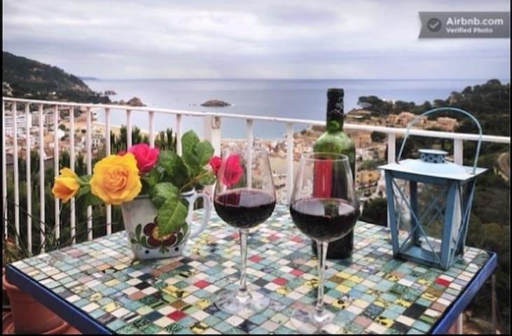 Cozy flat with astonishing views! - Tossa de Mar - Apartment