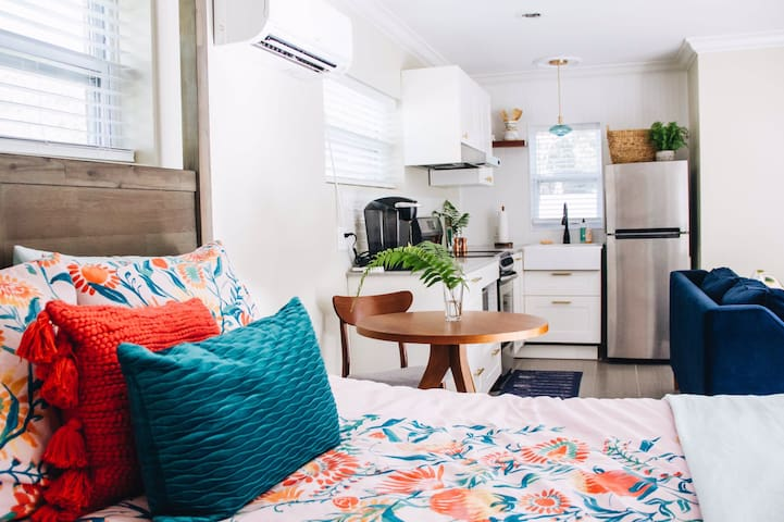 guesthouse on the edge of orlando + winter park