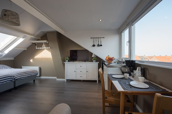 Nieuw! Studio in Westkapelle - Westkapelle - Bed & Breakfast