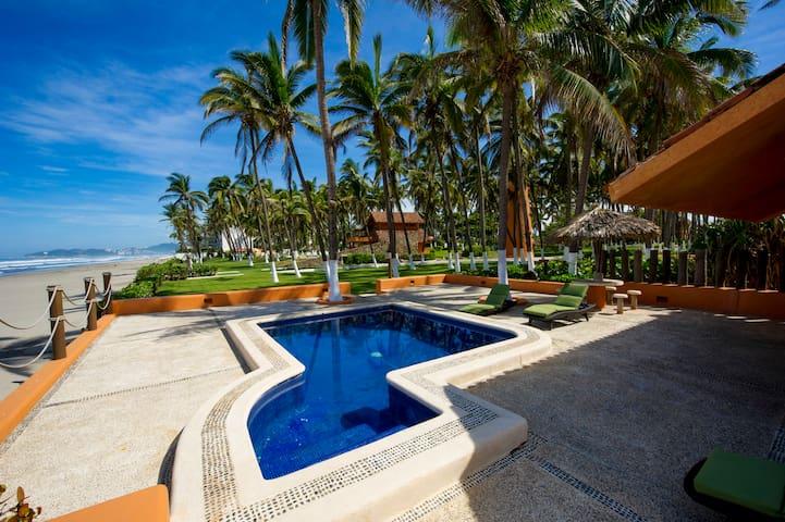 Villa Caleta - Acapulco Diamante - Con playa