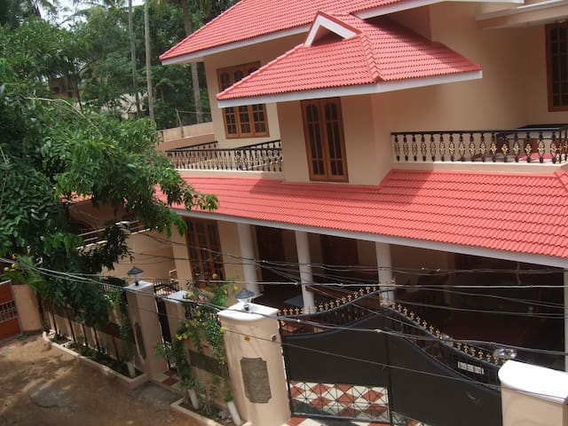 Elegance beyond Beauty - Krishnalayam Home Stay