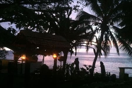 The Ofis Oceanview room - Honiara - Inap sarapan