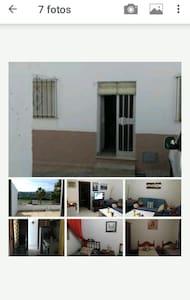 Habit priv 3 beds a 5' de Sotogrande - San Enrique de Guadiaro - House