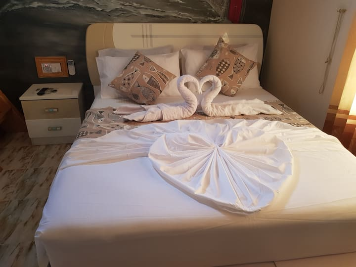 White Rose Smart Guest House