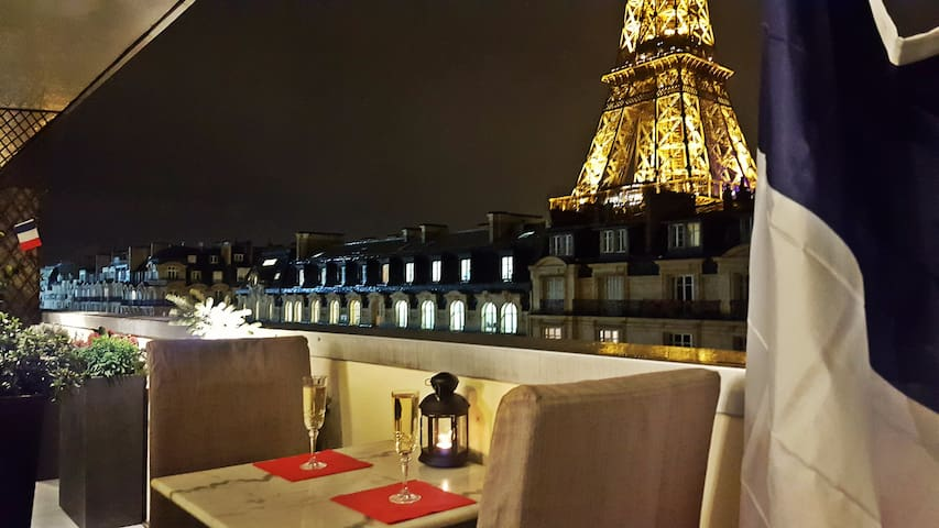 Stunning  2BR at Eiffel Tower feet - Paris