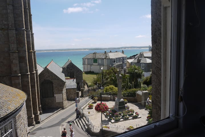 """The Loft"" Only 50 metres from harbour! - St Ives - Apartment"