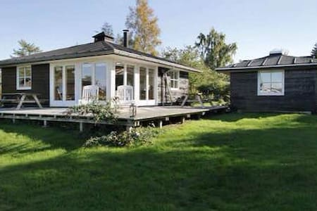 Modern Danish summerhouse sea view - Stubbekobing - Casa
