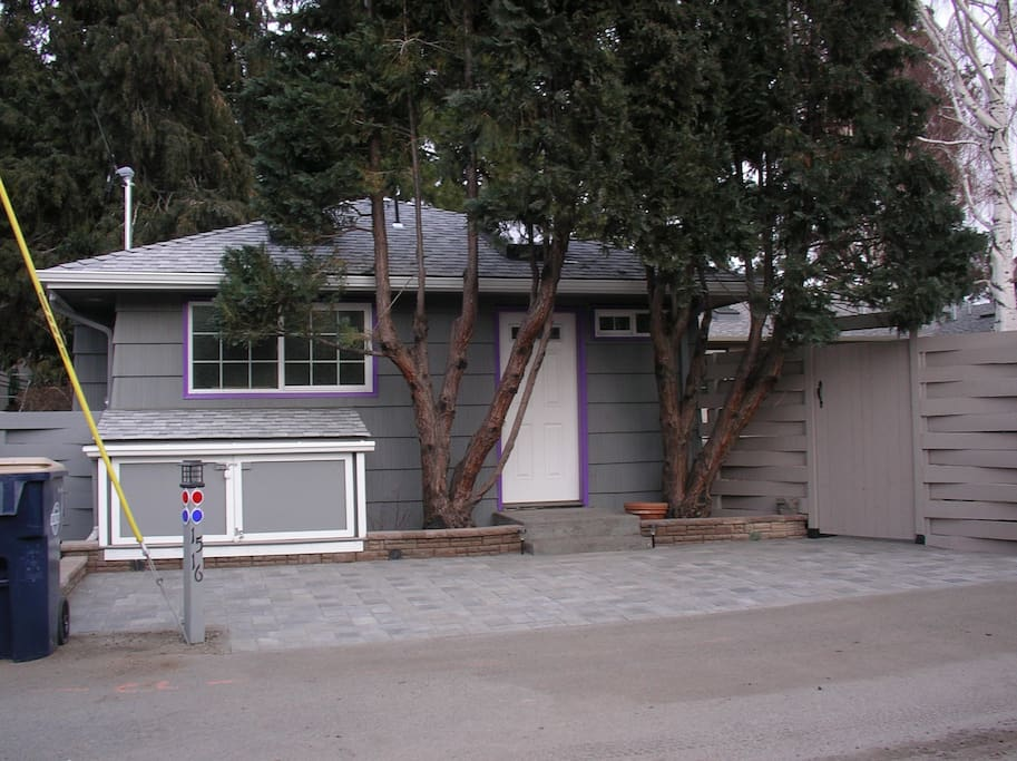 Private entry, dedicated on-site parking, outside storage unit (left of center) for skis, golf clubs, bikes, coolers, luggage.