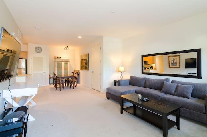 Fabulous High End Apt - Downtown SM - Santa Monica - Apartemen